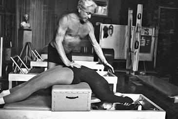 12 citações de Pilates sobre a filosofia do seu método